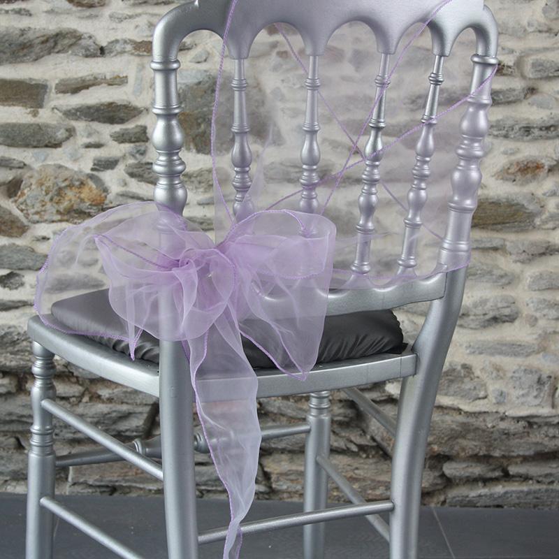 nœud de chaise de côté, original avec ceinturage organza